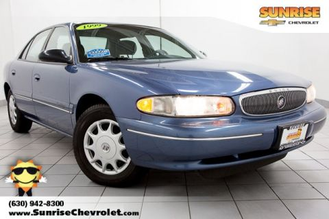 Pre-Owned 1999 Buick Century Custom FWD 4D Sedan