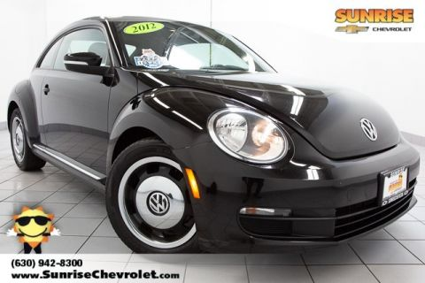 Pre-Owned 2012 Volkswagen Beetle 2.5L FWD 2D Hatchback
