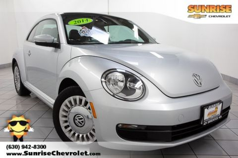 Pre-Owned 2014 Volkswagen Beetle 2.5L FWD 2D Hatchback