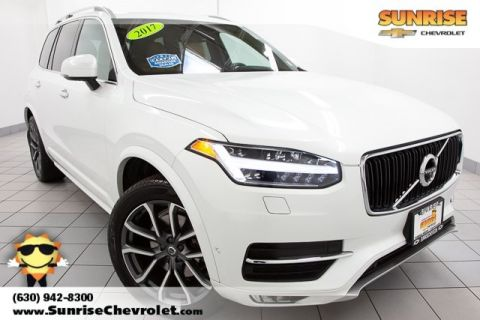Pre-Owned 2017 Volvo XC90 T6 Momentum AWD