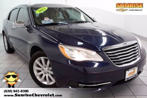 Pre-Owned 2013 Chrysler 200 Limited With Navigation
